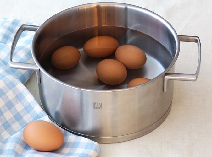 新鮮な卵の見分け方