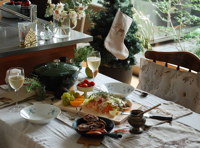 ツリーココットのテーブル