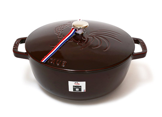 staub_rooster_cocotte01
